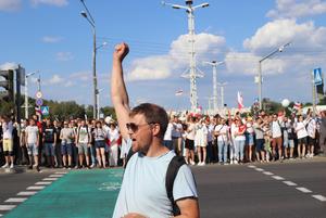 «Удивительно, но закон сработал»: 5 историй, как суд стал на сторону беларусов в политических делах