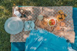 На пикник, пока лето не ушло: 7 рецептов вкусных блюд, которые можно взять с собой