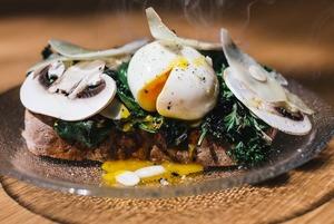 Несложный рецепт, который получил приз на главном поварском конкурсе: Яйцо пашот по-скандинавски