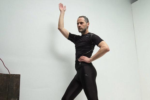 «40-летние мужчины не могут произнести слово «пенис»: Хирург из поликлиники, который танцует вог