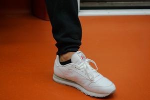 13 пар кроссовок, которые можно носить зимой и осенью