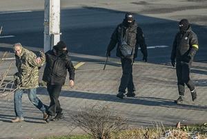 Силовики падают на бегу и получают «лещей»: Как прошел 120-й день мирных протестов в Минске
