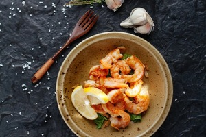 Замороженные морепродукты — это признак плохого ресторана?
