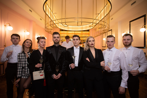 В Минске открылась первая в Беларуси шампанерия с дорогим интерьером, но приемлемыми ценами