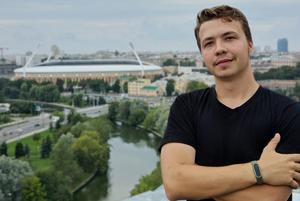 «Я даже в августе так не о*уевал»: Как соцсети реагируют на захват самолета с Романом Протасевичем