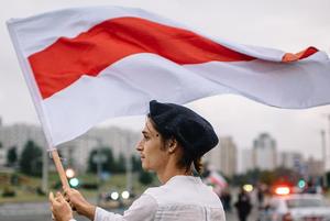 «Дьявольский парадокс»: Беларусы высказываются о Дне Воли, который для них в этот раз особенный