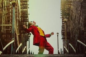 Горячий октябрь: 8 фильмов, на которые можно сходить в кино