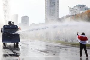 «Неужели он такой тупой»: Как иностранцы обсуждают последние безумные новости из Беларуси
