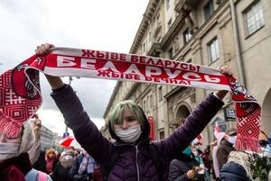 «Конечная стадия режима — посмешище»: Поляк смотрел на беларуские протесты и сделал внезапный вывод