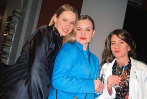 Как одеты гости вечеринки крутого арт-проекта беларуских дизайнеров и фотографов