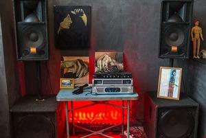 На Октябрьской откроется креативное пространство Squat: Обещают крутой звук и нестандартные выставки