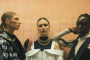 «Килограмм H&M на складе стоит 6 евро»: Почему беларуские производители одежды ненавидят секонды