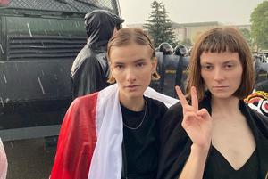 «Пока власти не отключили»: Что показывают городские камеры во время митингов