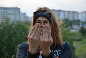 «Нам болеть нельзя»: Лесбийская пара отправилась в Минск, чтобы накопить на квартиру