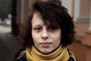 «Из моей медкарты удалили страницы про травму»: Беларуску избил омоновец — и она заболела эпилепсией