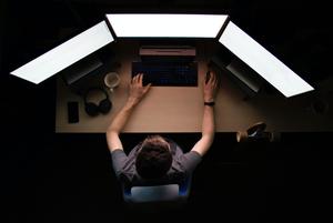«Поверьте, тихарь не пройдет эту проверку»: Беларуский киберпартизан рассказал, как они работают