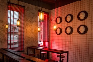 На Зыбицкой появился MaryLand Bar с похмельными коктейлями и завтраками весь день
