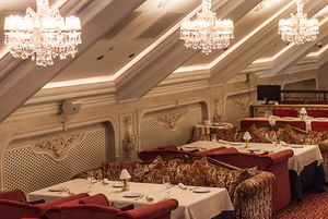 «В Минске поваров приходится учить чуть ли не как чистить картошку»: Шеф ресторана Louis XIII