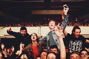 Почему концерты никогда не начинаются вовремя?
