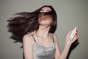 Зачем завязывать длинные волосы в транспорте