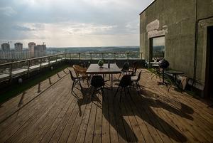 Офис Cuba Studio с одной из лучших крыш в Минске, где проходят вечеринки для своих