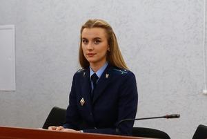 «Могла быть моделью, а стала прокурором»: Сегодня назвали судей, осудивших больше всего политических