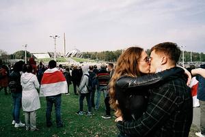 «Это фейк»: Впервые опубликованы результаты честного опроса беларусов о протестах и насилии ОМОНа
