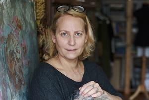 Я попала в «пенсионную ловушку»: художница, которую государство исключило из списков