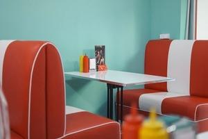 «Счастливые часы»: Скидки, акции и другие плюшки в кафе и ресторанах Минска