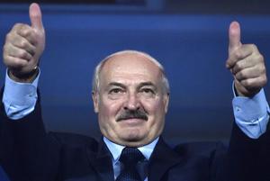 «А вы за кого?»: Как из-за низкого рейтинга Лукашенко в Беларуси уничтожили независимые соцопросы