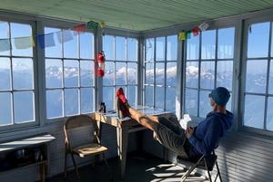 «Это эспрессо-бар мирового класса»: Австриец с семьей открыл кафе прямо посреди беларуского леса